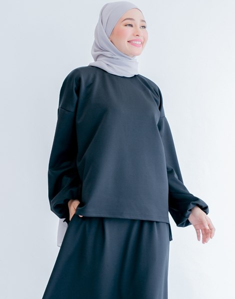 LYDIA TOP IN BLACK
