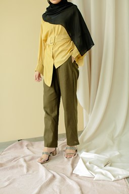Lucilea Tapered Pants (Olive Green)