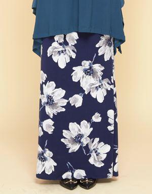 Adelia Skirt Printed : Navy Blue Floral