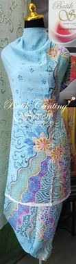 SEVEN ESSENCES BATIK CANTING – KAIN PASANG CREPE BATU FOR LADIES