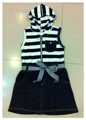 SD308 JEANS DRESS WITH ZIP  ( SIZE 3-4Y )