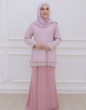 DIAN MODERN KURUNG IN BLUSH