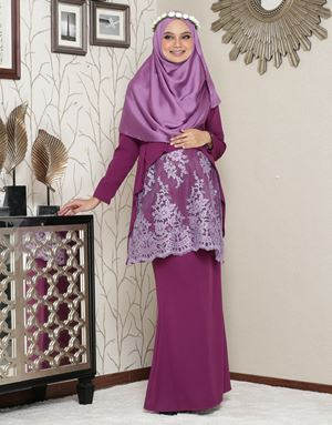 Aaisyah Dhiarana - Mulberry Purple