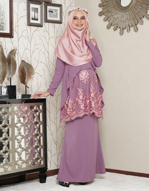 Aaisyah Dhiarana - Lilac Purple