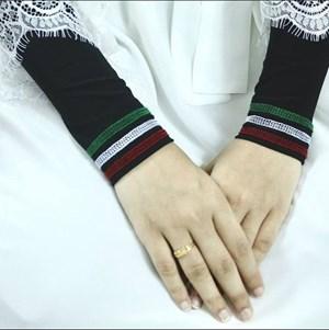 HANDSOCK WARDA -  RAZAN