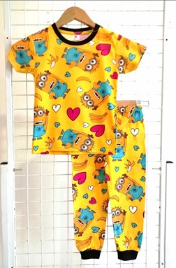 Pyjamas MINION LOVE YELLOW :  BIG Size 12 (GL)