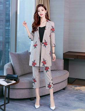 Embroidered Fashion Suit Coat + Pants