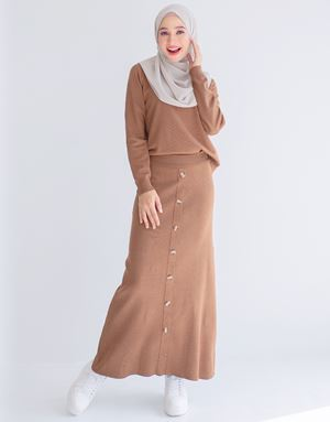 TENEE KNITTED SKIRT IN BROWN