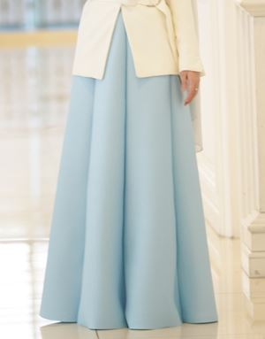 KHLOE 2.0 SKIRT IN POWDER BLUE