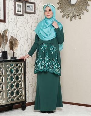 Aaisyah Dhiarana - Emerald Green