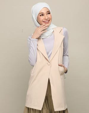AFIYA LONG VEST IN BEIGE