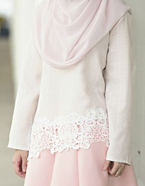 MELISSA ASYMMETRICAL TOP IN HUSH PINK