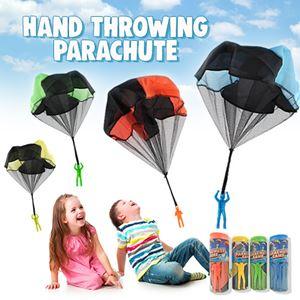HAND THROWING PARACHUTE