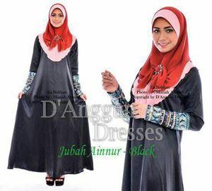 Jubah Ainnur Black