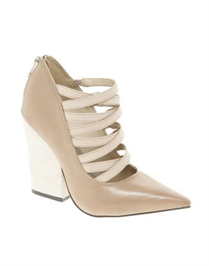 PRONE Pointed High Heels
