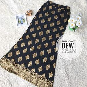 Skirt Songket Dewi Black Gold