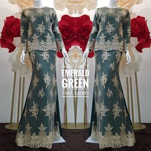 Kurung Kate Lacey Emerald Green