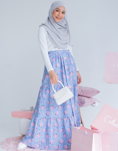 DARLA FLORAL SKIRT IN DUSTY BLUE