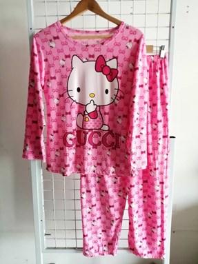 Pyjamas Dewasa Pink Hello Kitty Gucci
