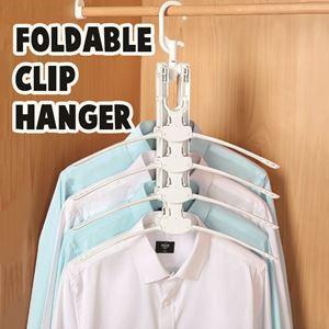 FOLDABLE  HANGER