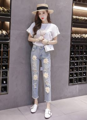 Three-dimensional Flower Beaded Jeans