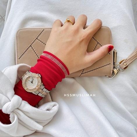 WARDA - RED NUDE
