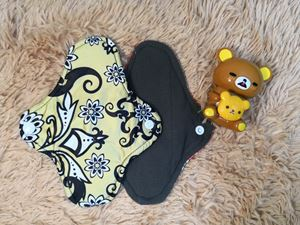 Cloth Pad - Batik (Positive) - Size S