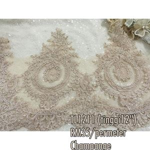 Trimming Lace 12