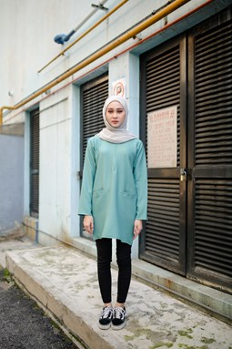 Dahlea Blouse (Mint Green)