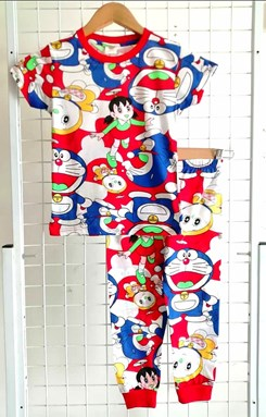Pyjamas DORAEMON DORALIN RED : KIDS size 2 , 8, 10 (GL)
