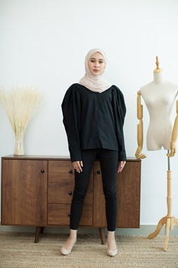 Jamilea Blouse (Black)