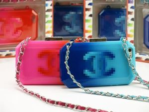 IPHONE 5/5S CHANEL BOY BRICK CLUTCH CASE