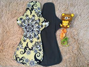 Cloth Pad - Batik (Positive) Size XL