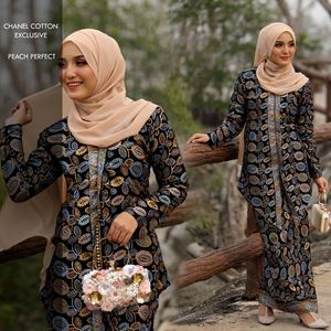 KEBAYA CHANEL PEACH PERFECT