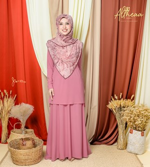 ALTHEA IRONLESS SUIT IN CARNATION