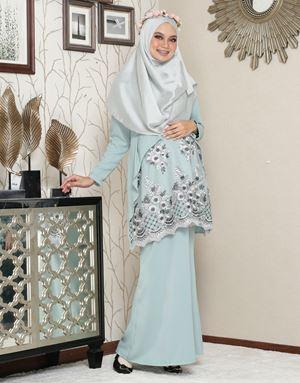 Aaisyah Dhiarana - Mint Green