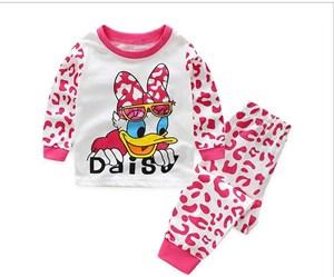 Long Sleeves Daisy Duck Pyjamas