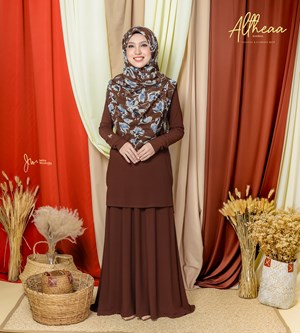 ALTHEA IRONLESS SUIT IN MOCHA
