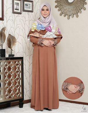 Siti Aafiyah Dress : Sandy Brown