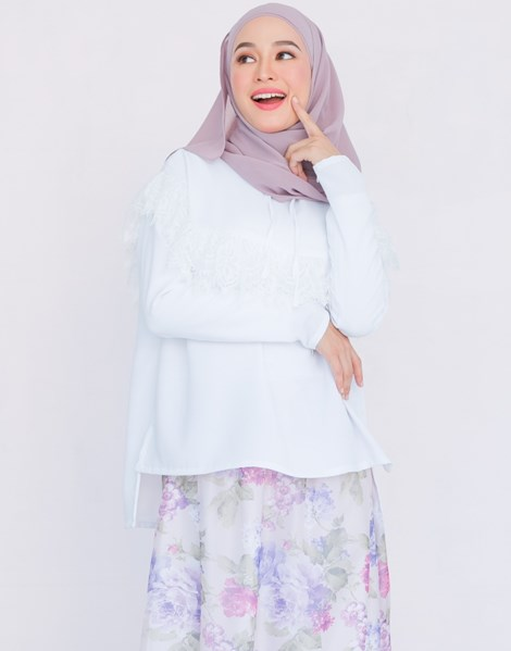 MATHILDA TOP IN WHITE