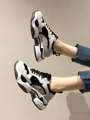 Plus Velvet Casual Sneaker