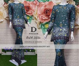 Kurung Batik Jelita Emerald Green
