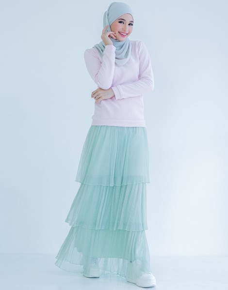TIFFANY RUFFLE SKIRT IN DUSTY MINT GREEN